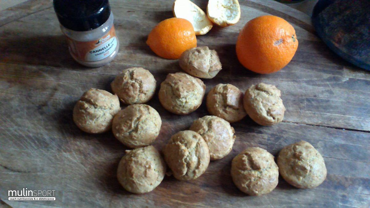 Muffins à la cannelle, écorce d'orange, poudre de noisettes et amandes
