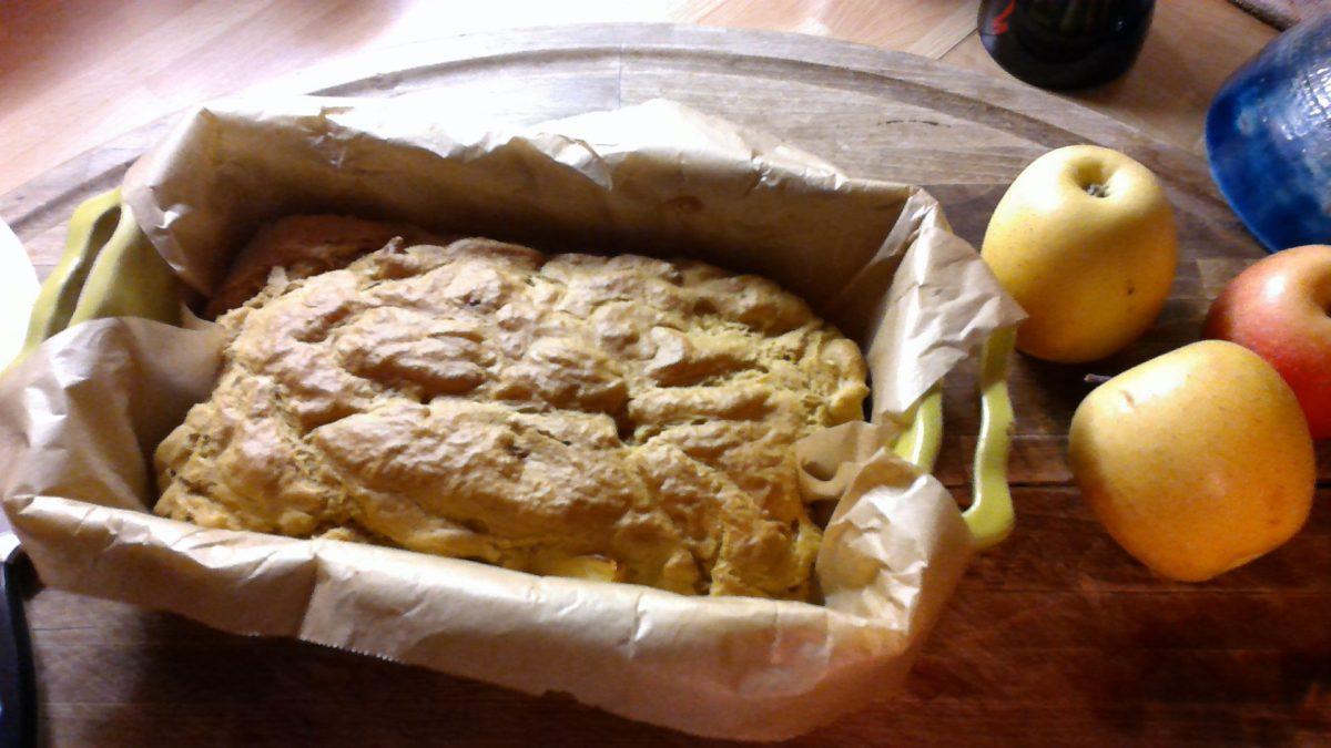 CAKE AUX POMMES 🍏🍏 FARINE DE LUPIN ET SOJA ***Low carb***Glutenfree