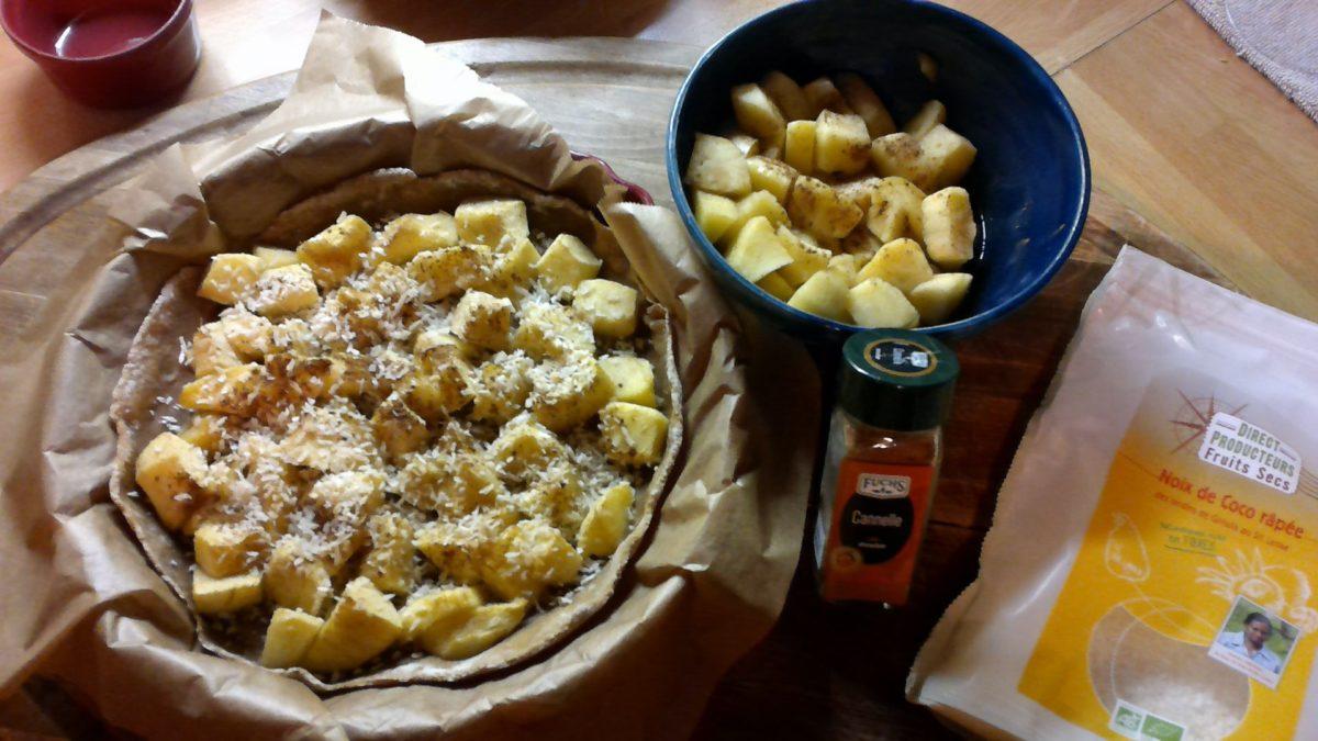 Tarte brute aux pommes, cannelle et noix de coco🍏🍎🍏 au Vitaliseur de Marion*